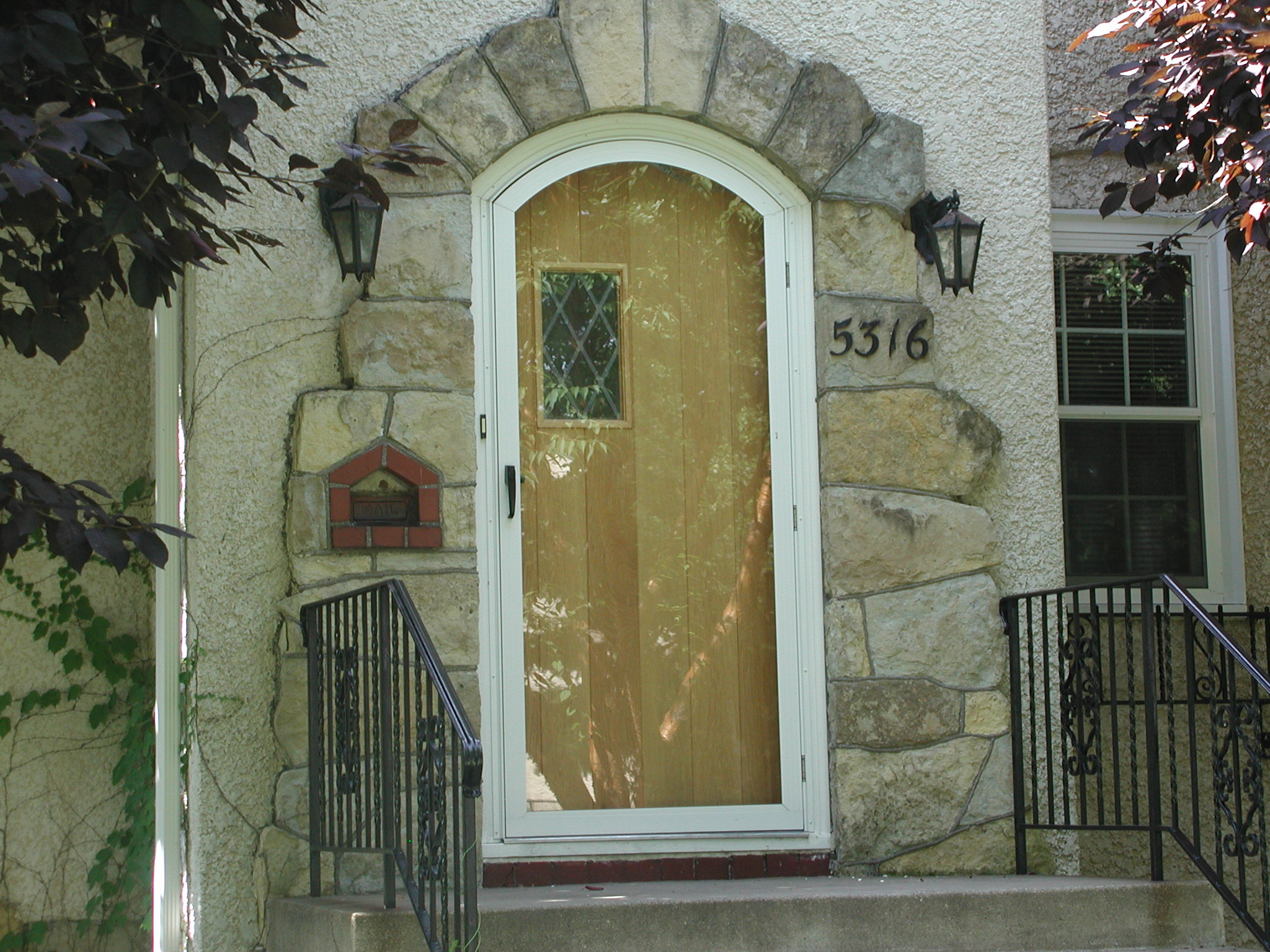 Mon Ray Historical Architectural Storm Doors